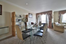 Luxury Holiday Apartment Poole Quay